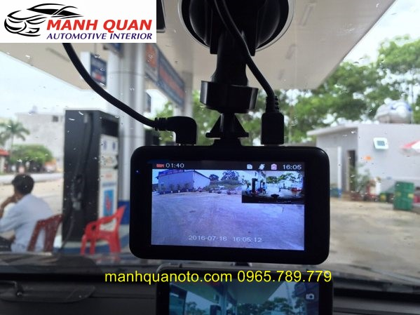 Camera Hành Trình Vicom DVR 820 Ghi Hình Trước Và Sau Xe Subaru Outback