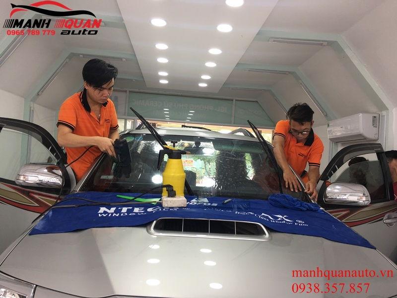Dán Phim Cách Nhiệt Ntech Cho Toyota Fortuner Chính Hãng Tận Nơi