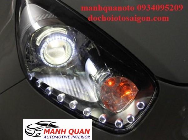 Lắp Bóng Đèn LED Cho Xe Toyota Vios