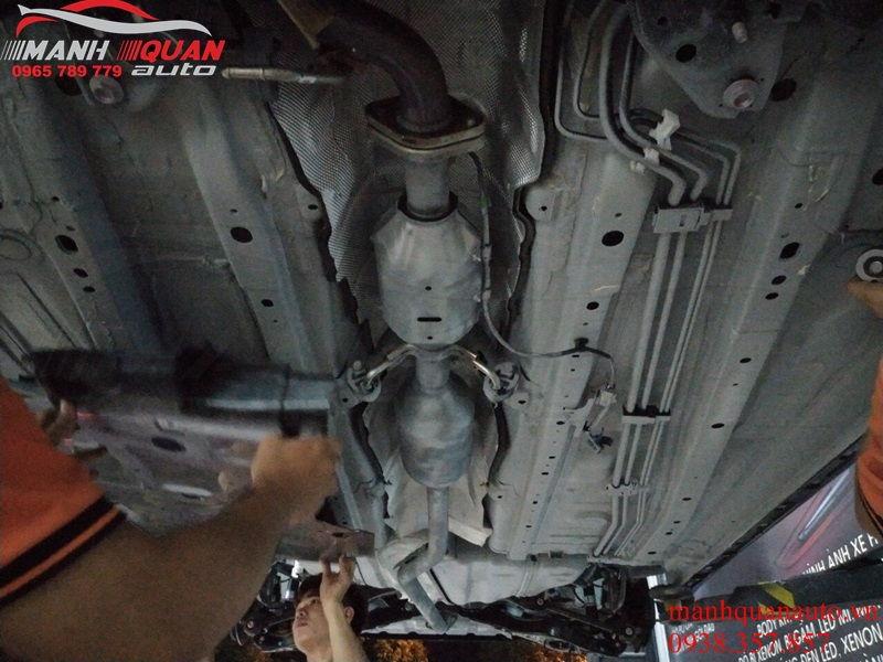Sơn Phủ Gầm Chống Rỉ Sét Xe Cho Mazda 6 - Bảo Vệ Khung Sườn
