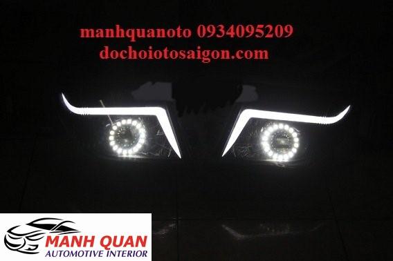 Thay Bóng Đèn LED Cho Xe Toyota Innova